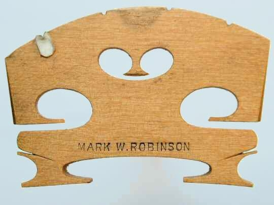 mark w robinson – violin