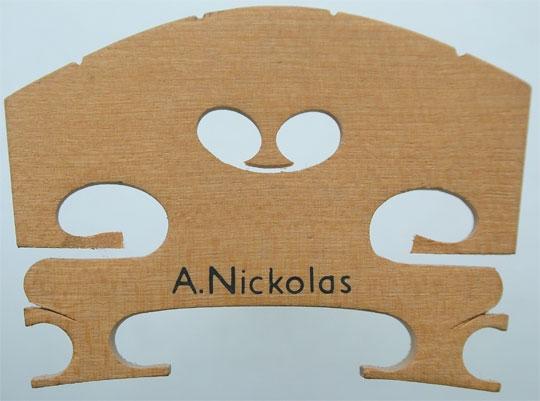 a nickolds – viola